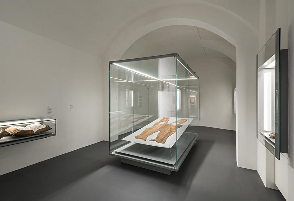 """Die """"Schatzkammer"""" im Dom Museum Wien.<br /> Foto: Hertha Hurnaus<br />"""