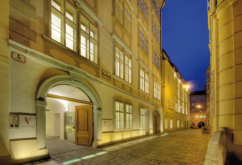 Mozarthaus Vienna bei Nacht. Foto: MHV / Peters
