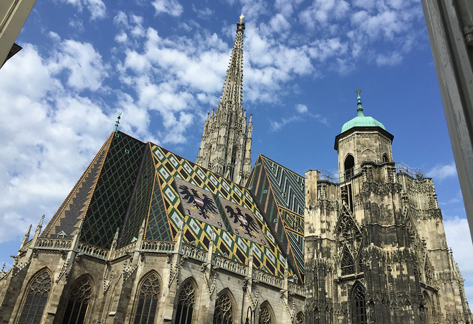 Blick auf den Stephansdom, vom Dom Museum Wien.