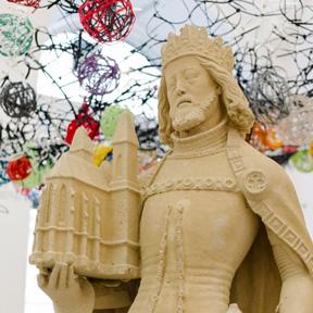Der Abguss der Rudolfsstatue aus dem Stephansdom, aus Sandstein, im Dom Atelier. Foto: Nicole Viktorik